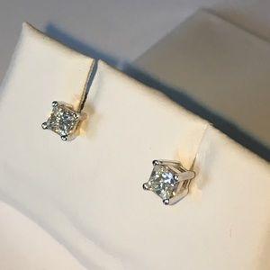 Jewelry - 14K Gold 1/2CTW Diamond Solitaire Stud Earrings